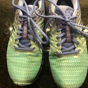 Asics Gel-Quantum180 tennis shoe.  Size 6.5